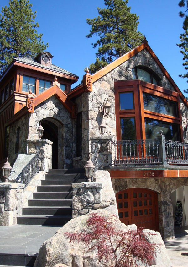 Arvay Residence Exterior Architecture Front, Lake Tahoe, CA. 38.959954°N,  -119.942527°W
